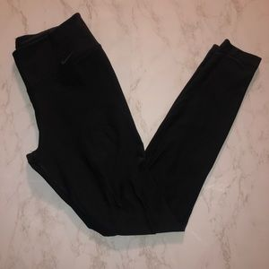 Mike Leggings Size Small in Black